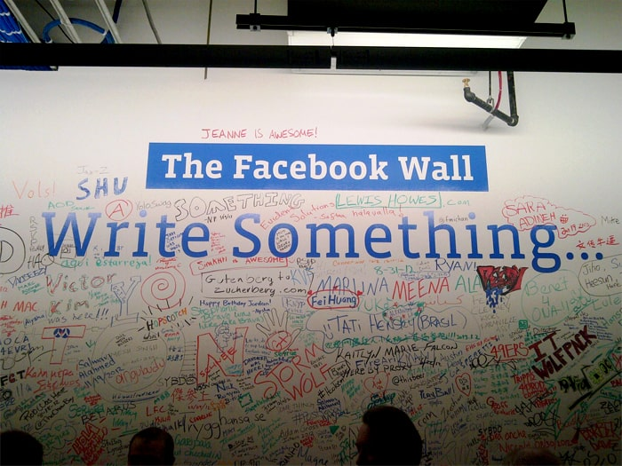facebook-wall